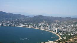 acapulco, acapulco beach, spring break, spring break destination